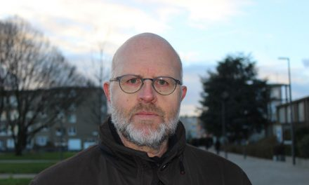 Zingende districtsschepen heeft 30 jaar op de politieke teller