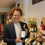 """""""De betere wijn koop je in de wereldwinkel"""""""