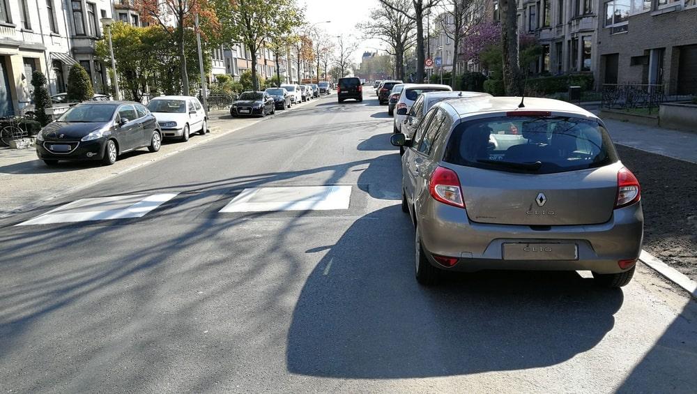Verkeersremmende kussens zijn gevaarlijk voor fietsers