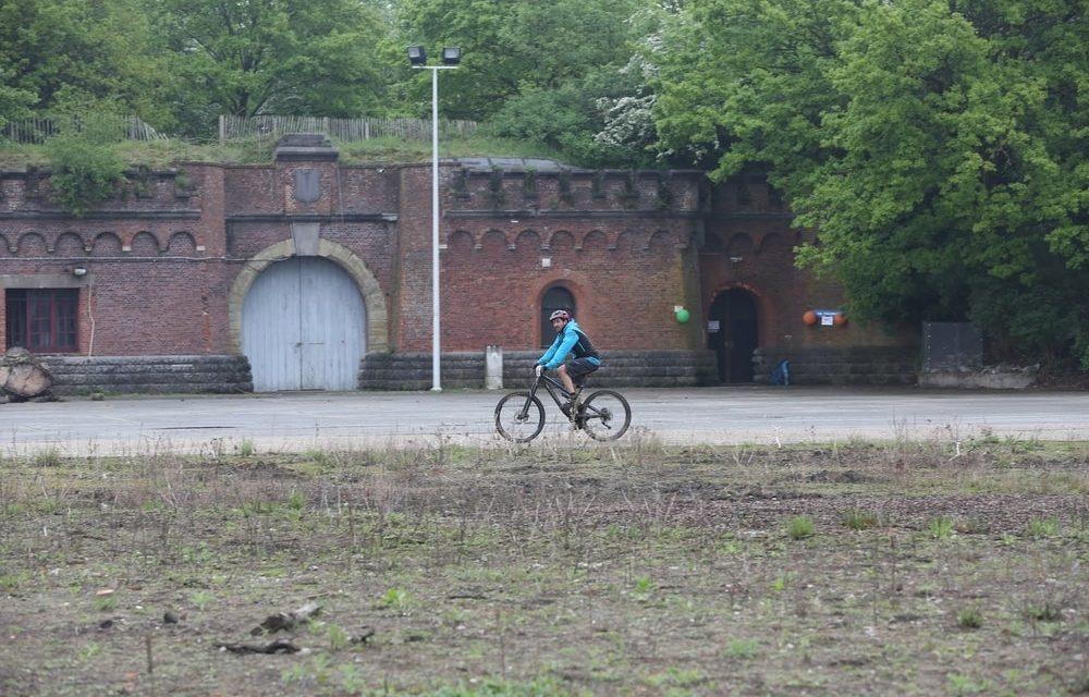 Mountainbiken door Fort III