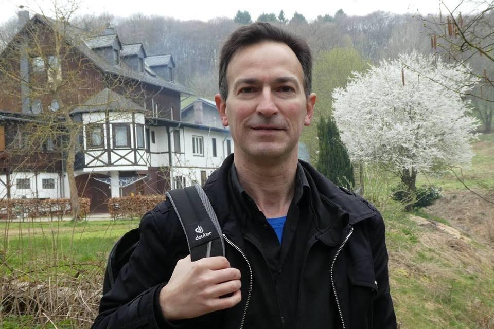 Deurnese dichter Steven Francken publiceert eerste poëziealbum