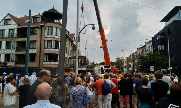 Ontspoorde tram is weggetakeld