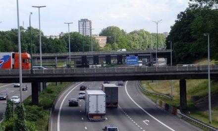 Reparatie wegdek Antwerpse ring ter hoogte van Deurne