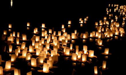 1500 mensen laten een lichtje schijnen