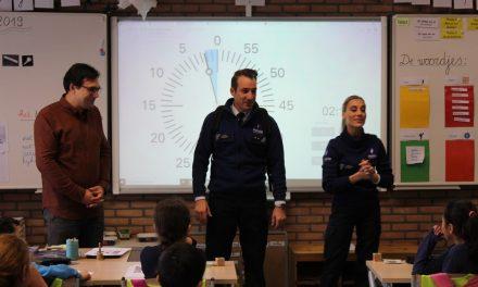 Buurtpolitie valt lagere school binnen