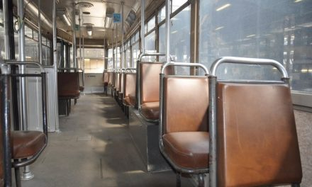 Tram 4 botst met tram 9