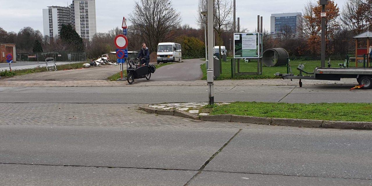 Gevaarlijke verkeerssituatie aan de Ten Eeckhovelei