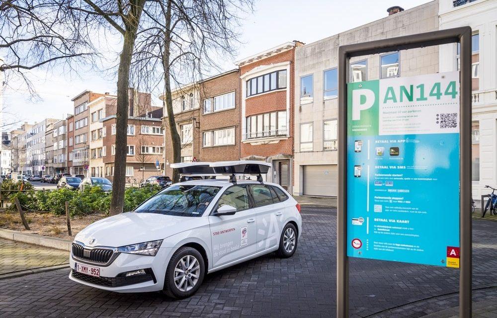 Antwerpen gaat niet-betalende parkeerders zoeken met de scanwagen