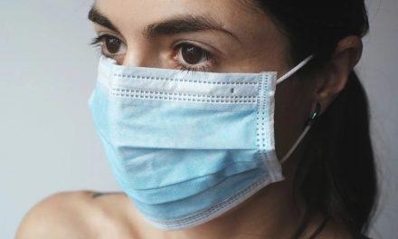 Dure mondmaskers in beslag genomen