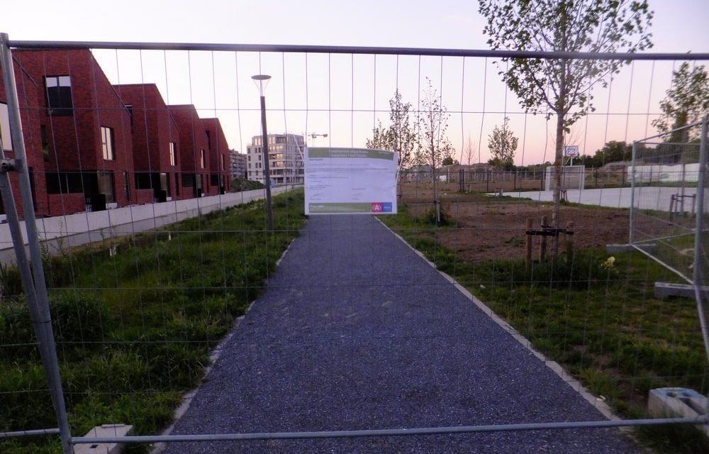 Waarom is het wandelpad op Eksterlaar afgesloten?