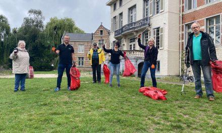 N-VA Deurne maakt Bisschoppenhofpark en Arenaweide proper