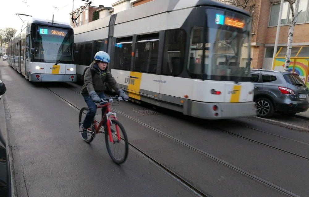 Te hoge verkeersdichtheid in de Cruyslei