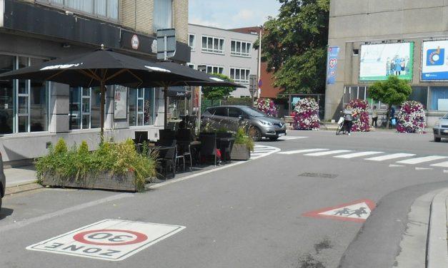 Parkeerplaats wordt caféterras